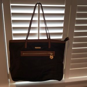 Brown pocketbook